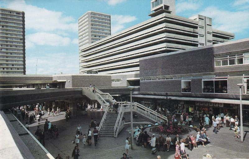 Sunderland Shopping – Bargain Hunters Paradise. Old Market Square before the addition of the roof.
