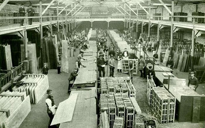 Hartley Wear Glass Works Sunderland workers