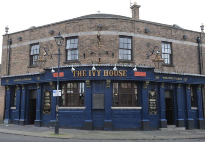 Vaux Pubs List - Ivy House, Sunderland