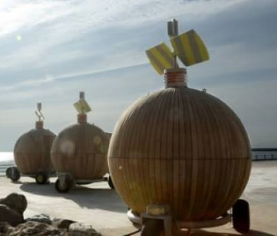 Cannonball Pods At Roker Beach to replicate the rocks - Wearside Online