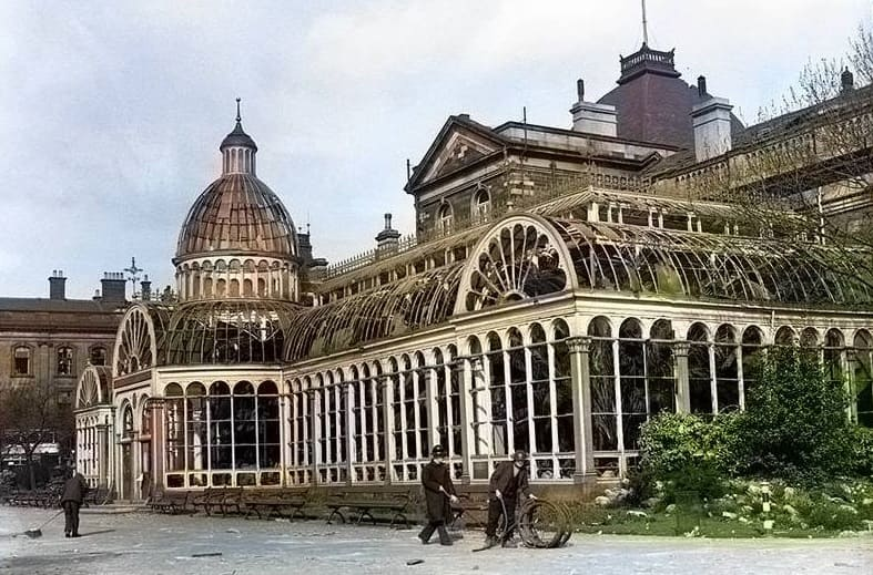 Sunderland Museum and Winter Gardens - bombed during the war and demolished later