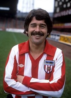 Bobby Kerr captain of Sunderland 1973