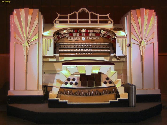 Sunderland Cinemas - Regal 3Manual/9Ranks Compton organ